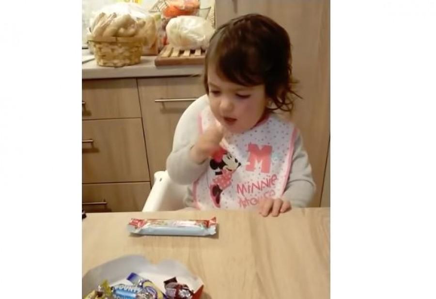 A pécsi kislány napok alatt híres lett azzal, ahogy utálja a csokit. Már 32 millió néző!